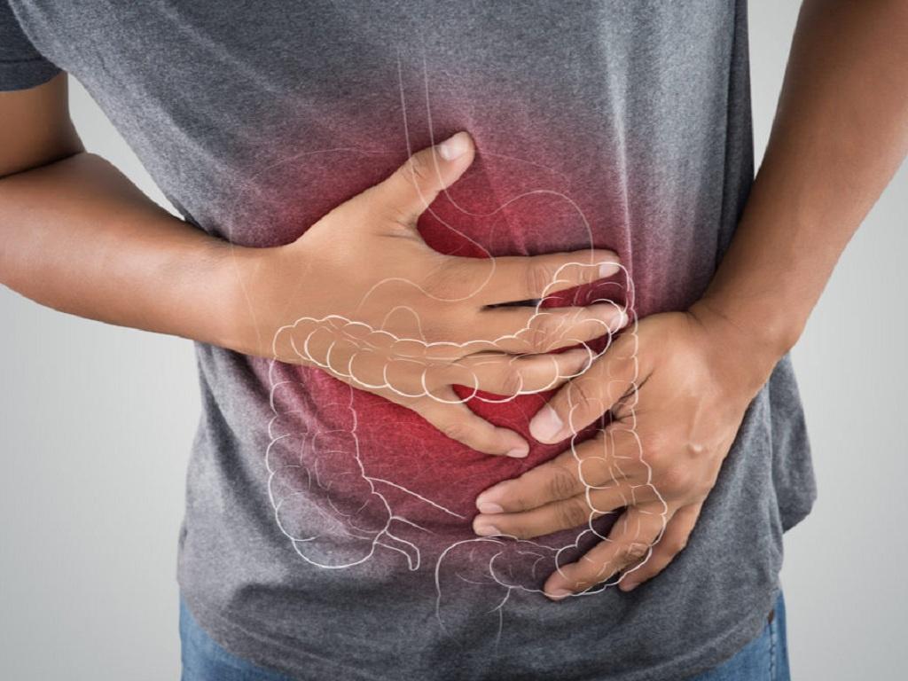 Không ăn nhiều khi đau dạ dày