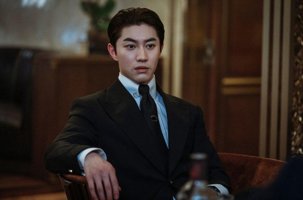 Kwak Dong Yeon diễn xuất ăn ý cùng Song Joong Ki