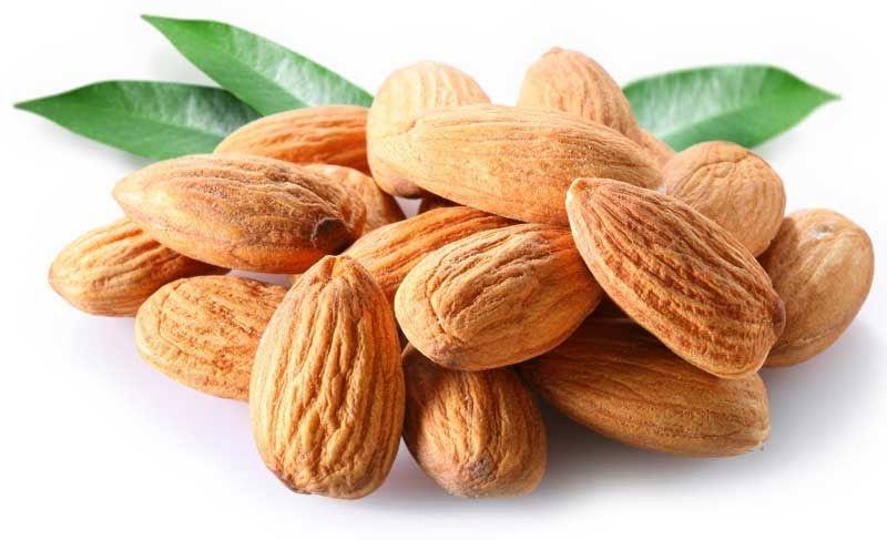 Hạnh nhân có tác dụng rất tốt trong việc làm giảm thiểu lượng cholesterol trong máu