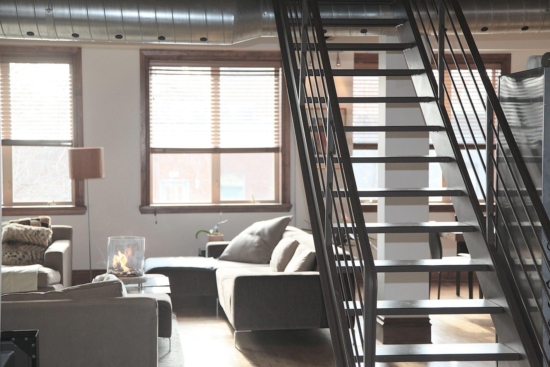 Phong thủy cầu thang phù hợp với thiết kế nhà