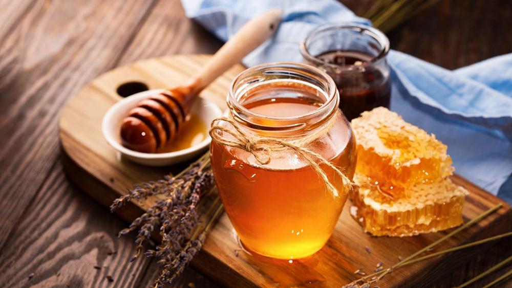uống nước ấm pha mật ong