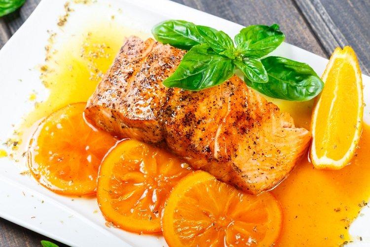 Món Cá hồi sốt cam thơm ngon