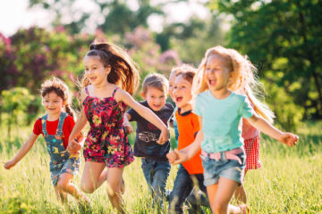 các bệnh mùa hè ở trẻ