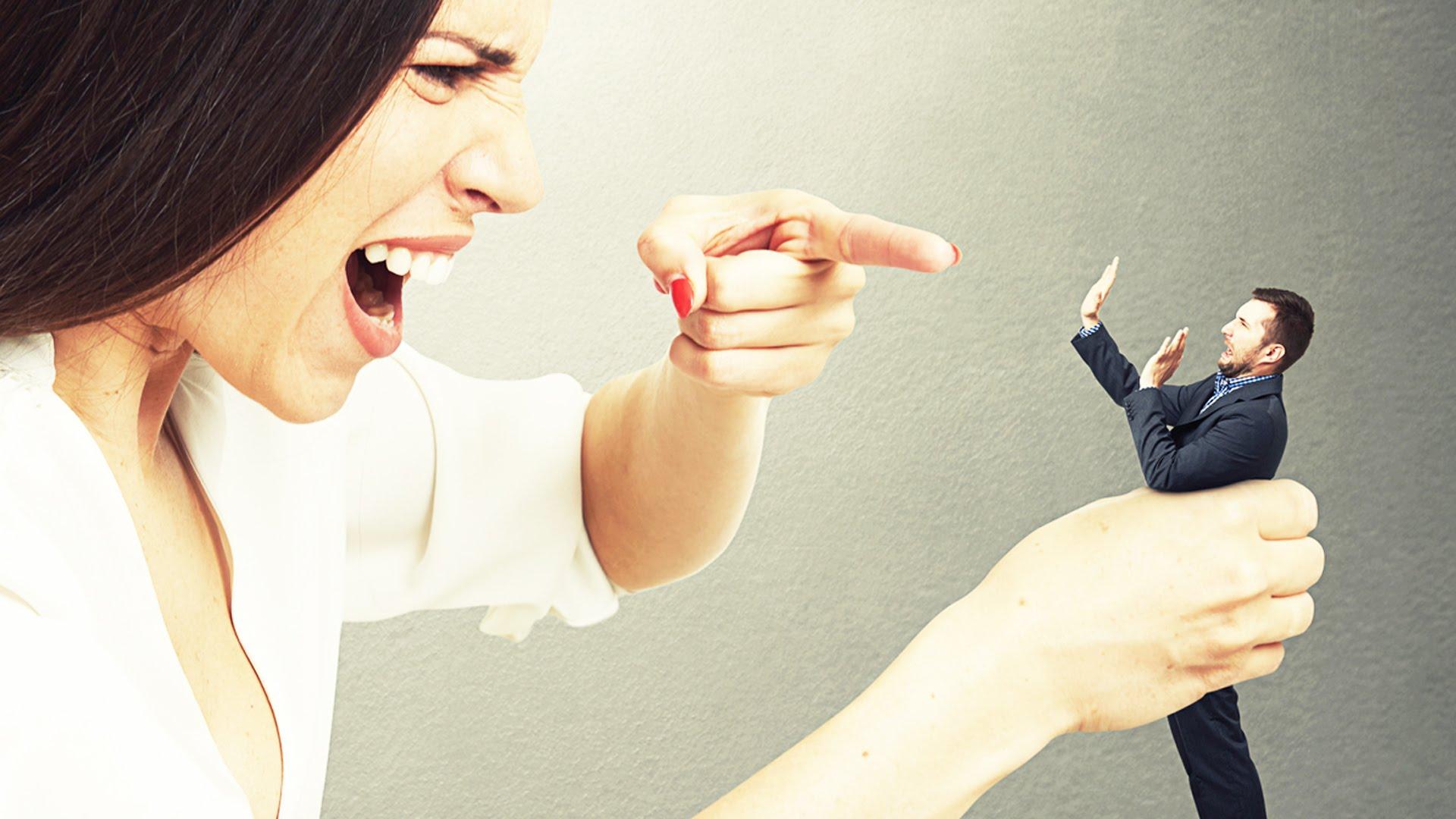 Đàn ông sợ vợ nói nhiều, hay càm ràm