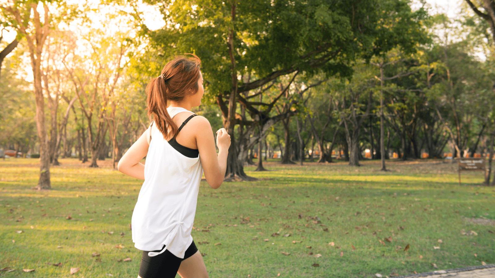 Lối sống ít vận động là một trong những nguyên nhân hàng đầu khiến tuổi thọ của bạn giảm xuống.