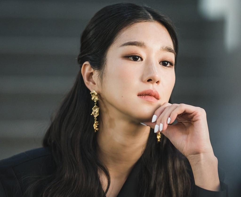 Nữ chính Go Moon Young (It's Okay to Not Be Okay)