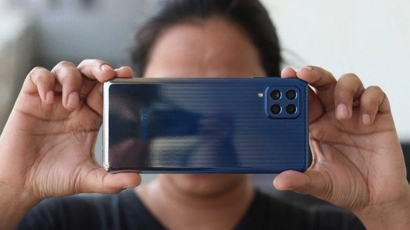 Camera 4 ống kính lên đến 64 MP với tính năng Single fake hữu ích