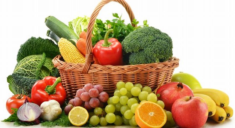 Ăn trái cây và rau củ quả