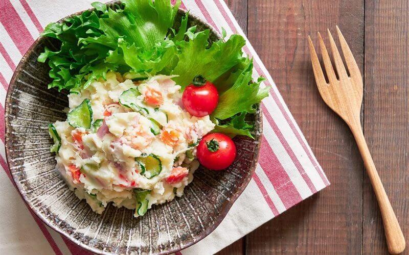 salad khoai