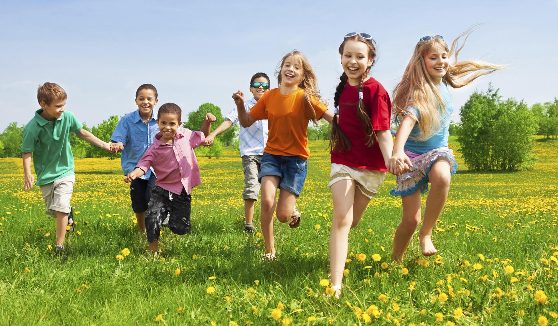 Giúp trẻ mở rộng mối quan hệ