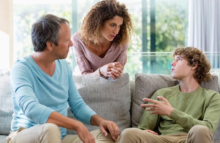 Bố mẹ cần làm gì khi con bước vào tuổi dậy thì?