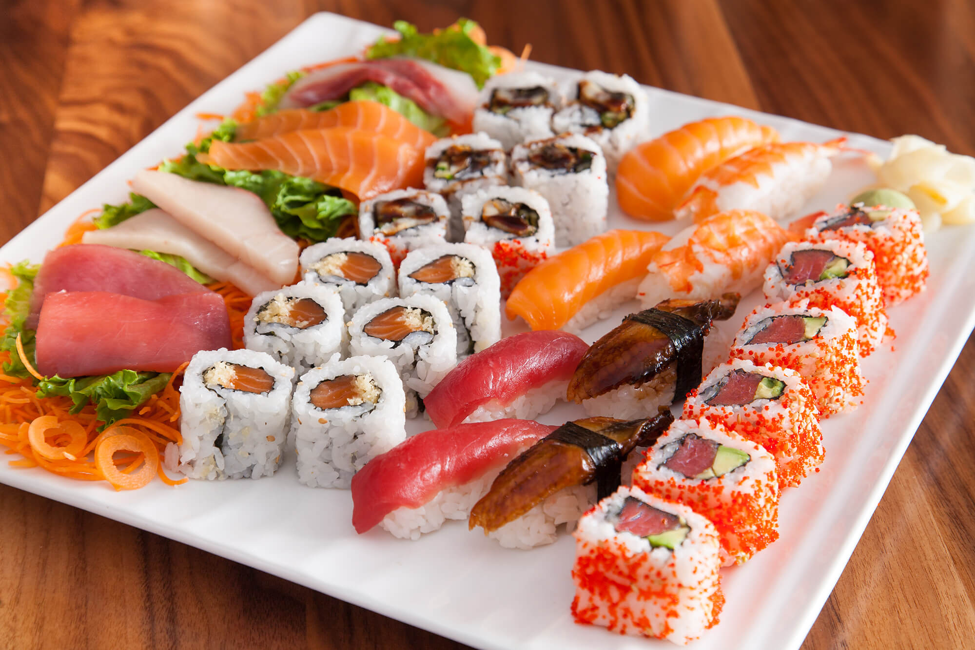 Sushi được làm từ nhiều nguyên liệu