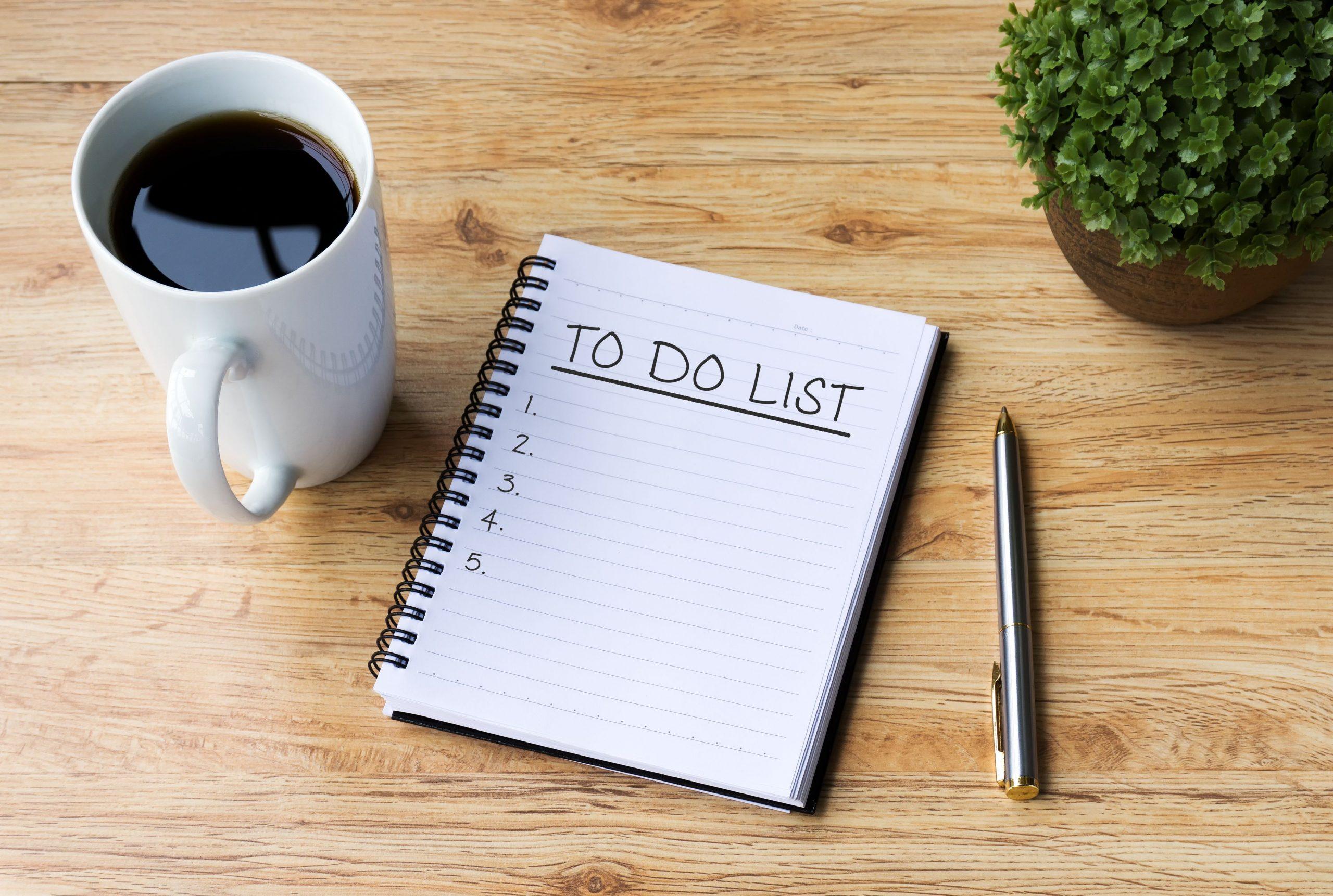 Lên danh sách những công việc nhà cần làm